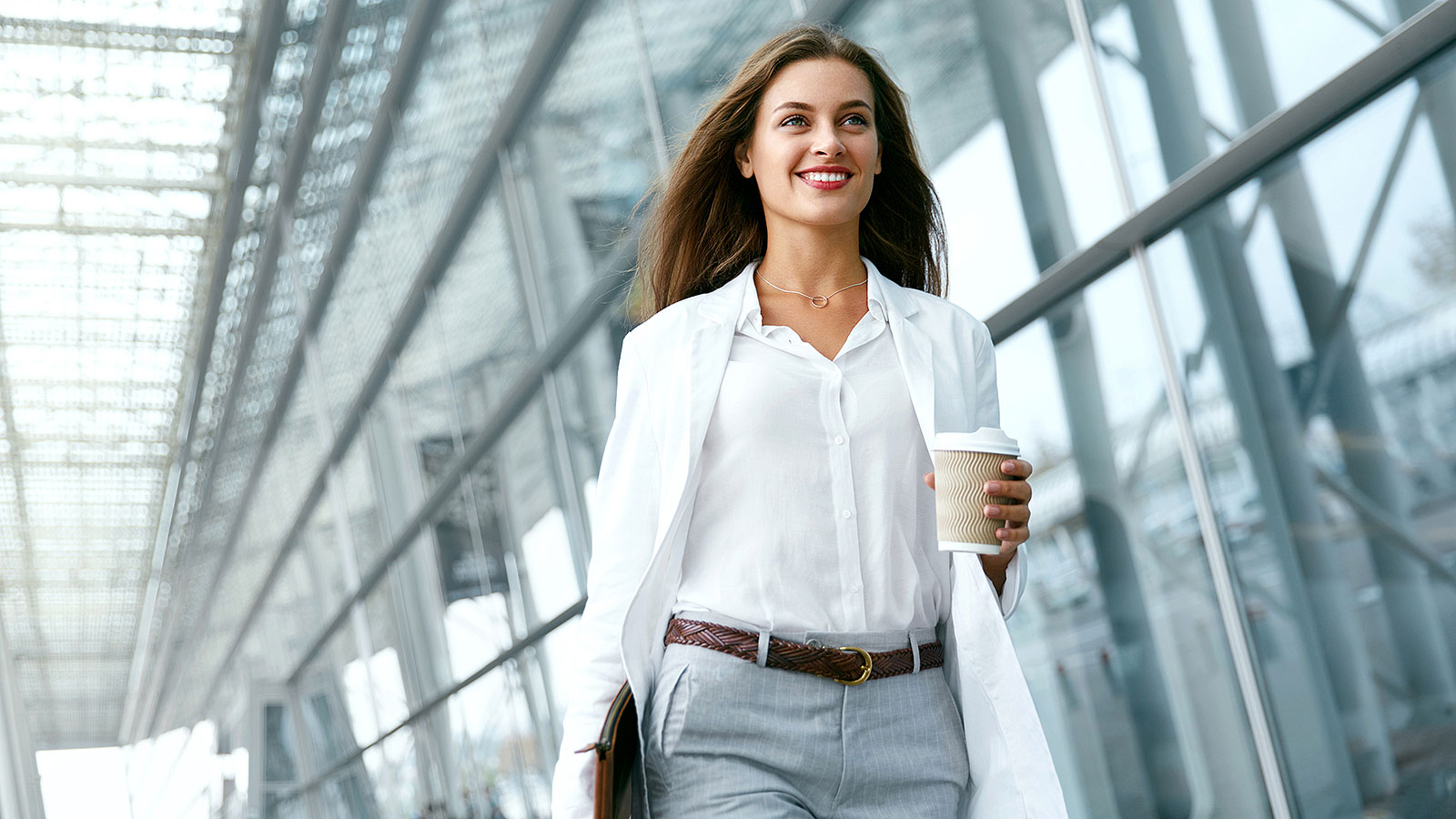 What Clothes To Wear To Dress As A Leader At Work?